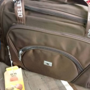 Deli traveling bag