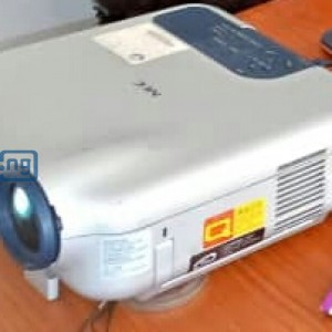 Fairly used projector for sale @affordable price