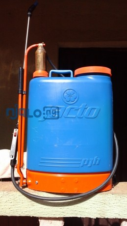 20litres-spraying-can-big-0