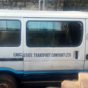 18 sites bus for sale R2z Engine