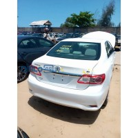 toyota-corolla-2013-model-white-small-1