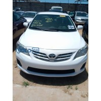 toyota-corolla-2013-model-white-small-0