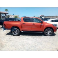 toyota-hilux-2020-model-small-3