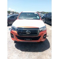 toyota-hilux-2020-model-small-0