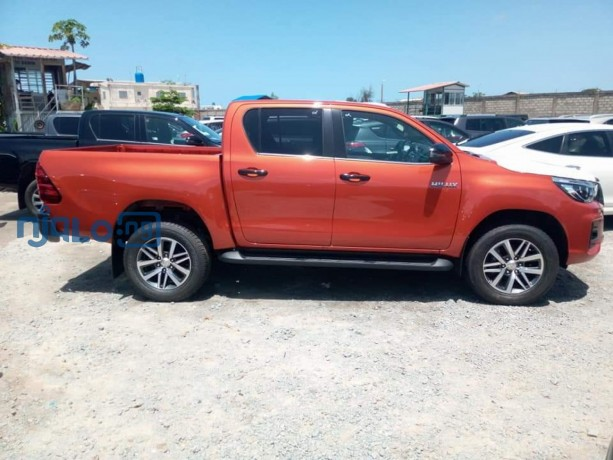 toyota-hilux-2020-model-big-3