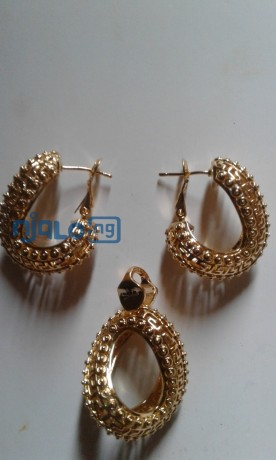 women-rhinestones-claw-hook-earrings-with-pendant-big-0