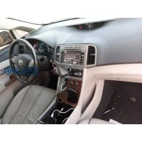 toyota-venza-2010-model-black-small-3