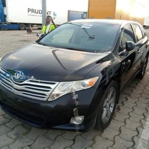 Toyota venza 2010 model black
