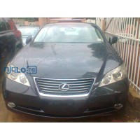beautiful-black-coloured-lexus-es-350-this-one-will-make-you-hold-your-breath-small-0