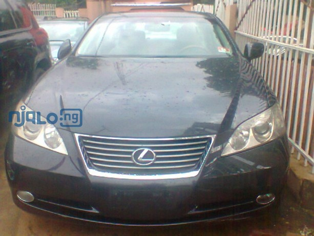 beautiful-black-coloured-lexus-es-350-this-one-will-make-you-hold-your-breath-big-0