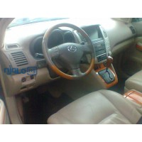 explosion-of-your-presence-the-lexus-rx-350-small-3