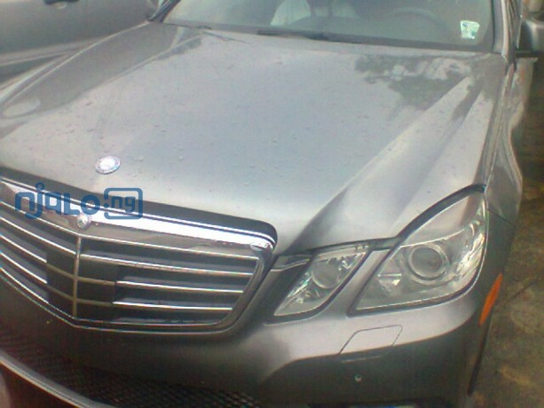 the-all-classy-mercedes-e350-big-0