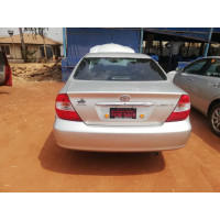 toyota-camry-2004-small-4