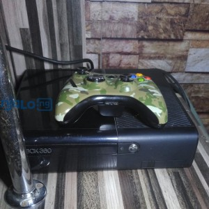 Xbox 360 s with some preloaded games, hdmi, and 2 pads.
