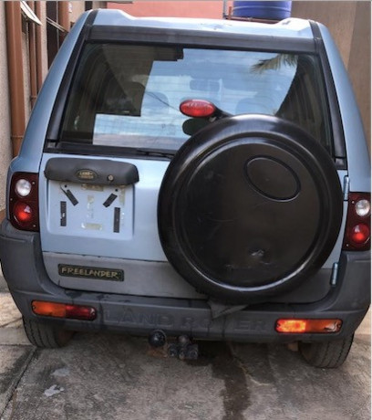barely-used-foreign-land-rover-for-13m-only-big-0