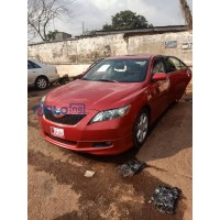 toyota-camry-2010-small-0