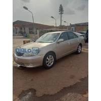 toyota-camry-2005-small-0