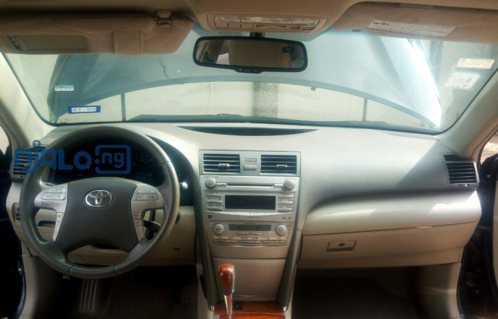 toyota-camry-2011-xle-for-sale-big-0