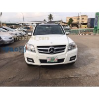 pearl-white-2011-mercedes-glk-350-small-0