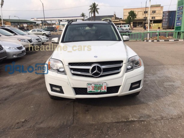 pearl-white-2011-mercedes-glk-350-big-0